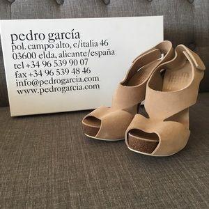 Pedro Garcia patty sandals